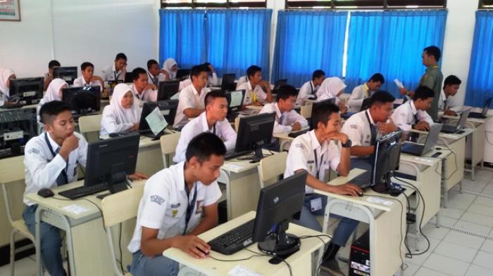 Dampak Positif dan Negatif Teknologi Informasi dan Komunikasi dalam Bidang Pendidikan